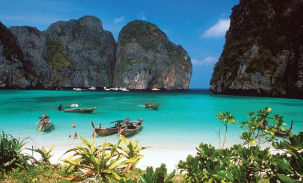 5 tujuan wisata terkenal di Papua Barat